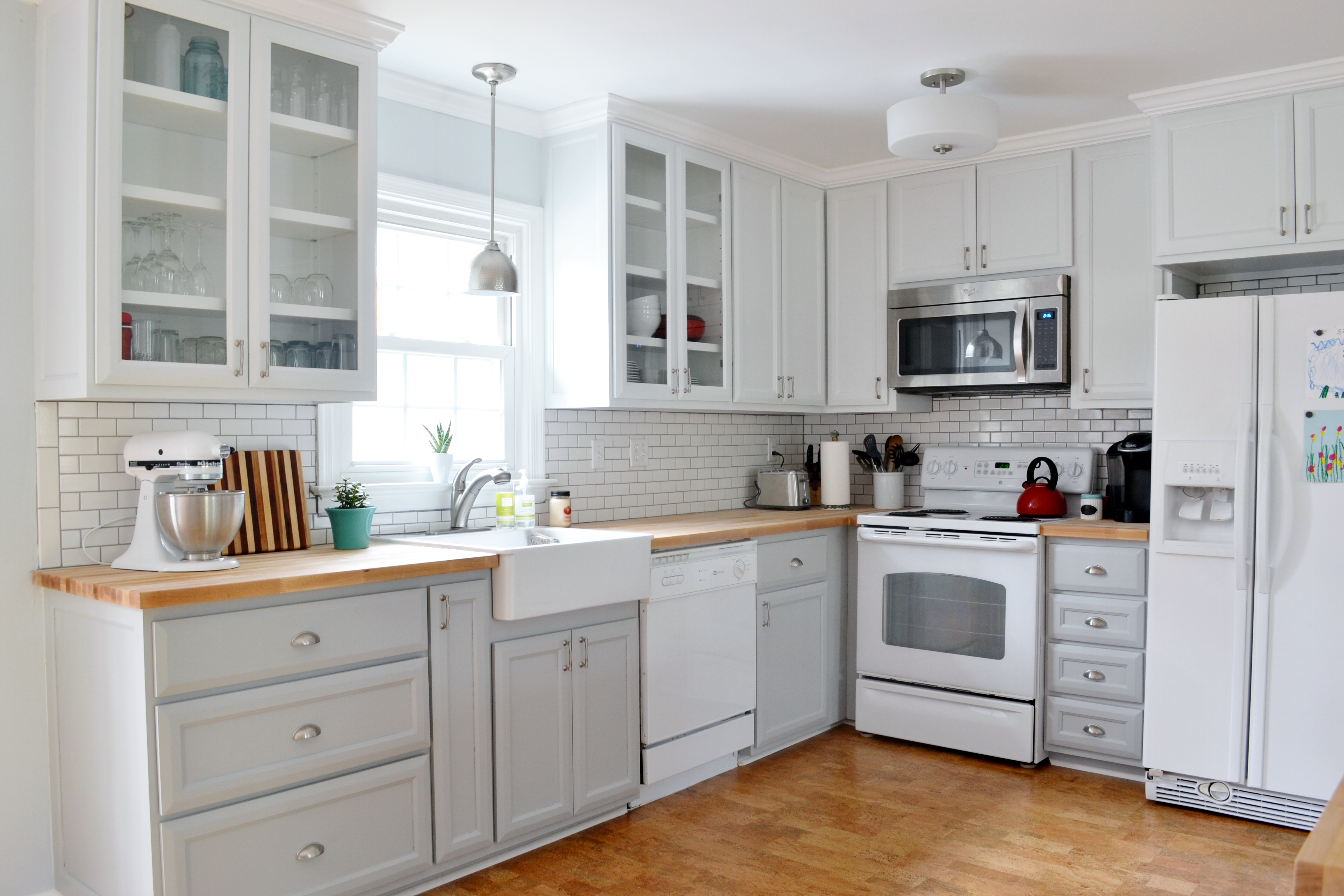 gray white kitchen