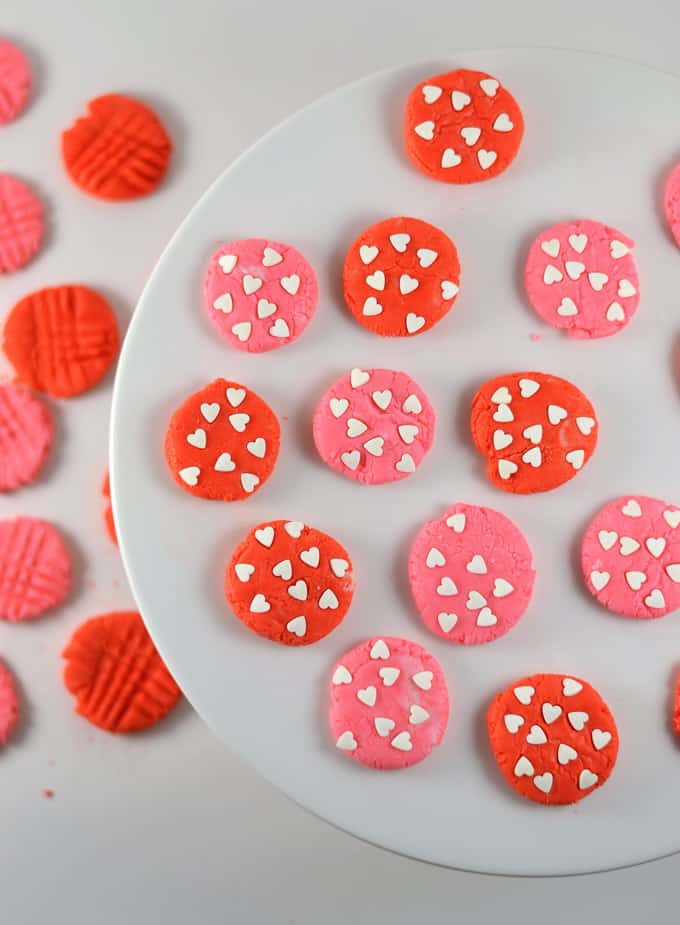 peppermint valentines mints