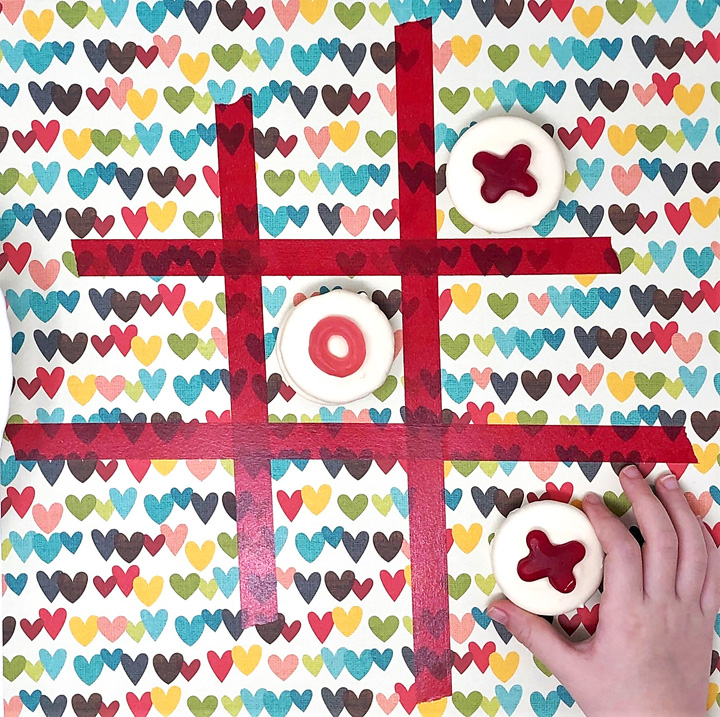 tic tac toe board with washi tape and oreos 2
